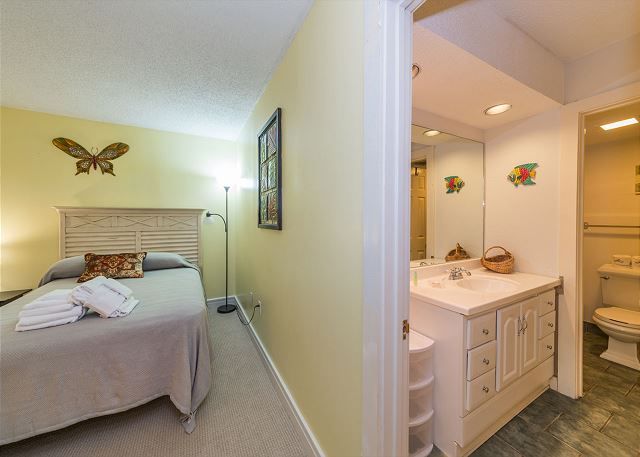 Xanadu 19-A, 2 Bedroom, Large Pool, Walk to Beach, Sleeps 8 - Pristine Bathrooms - HiltonHeadRentals.com