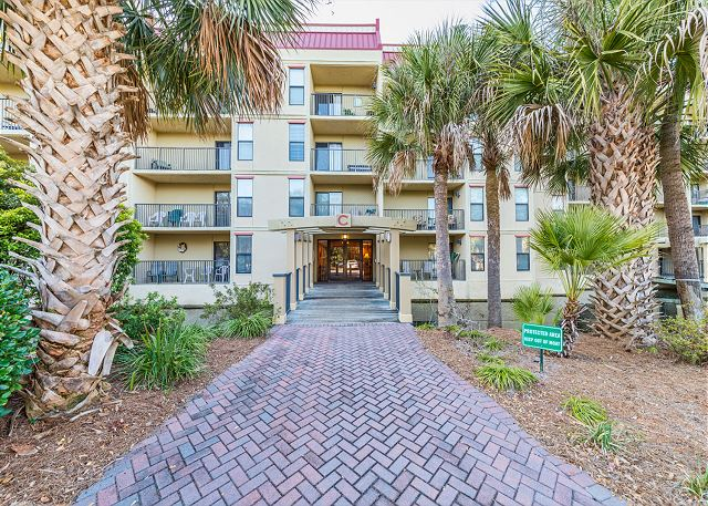 Xanadu 19-A, 2 Bedroom, Large Pool, Walk to Beach, Sleeps 8 - Wish you were here? - HiltonHeadRentals.com