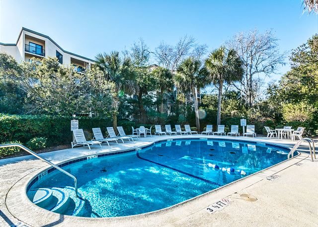 Xanadu 19-A, 2 Bedroom, Large Pool, Walk to Beach, Sleeps 8 - Come In, the Water's Fine  - HiltonHeadRentals.com