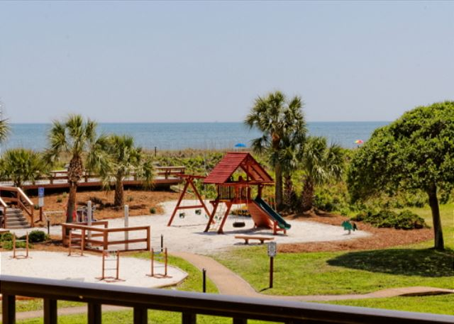 Island Club 3202, 2 Bedroom Oceanfront View, Pool, Walk to Beach - Playground Fun at Island Club 3202 - HiltonHeadRentals.com