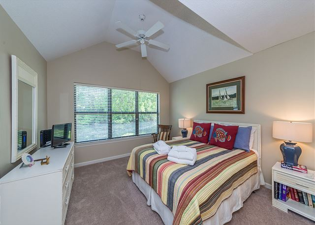 Lake Forest Villa 3368, 2 Bedroom, Lagoon View, Pool, Tennis - Master Bedroom - HiltonHeadRentals.com