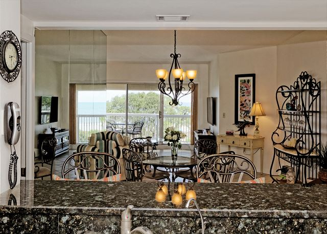 Barrington Arms 503, 1 Bedroom, Ocean View, Pool & Spa, Sleeps 4 - Keep The Cook Happy - HiltonHeadRentals.com