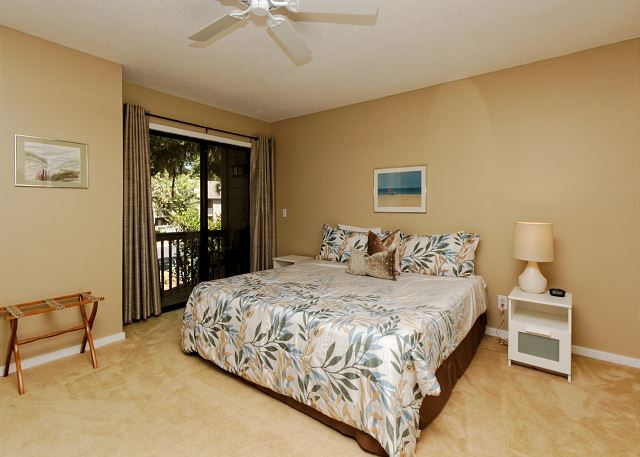 SailMaster 37, 2 Bedrooms, Pool, Patio, Sleeps 6 - Second Bedroom - HiltonHeadRentals.com