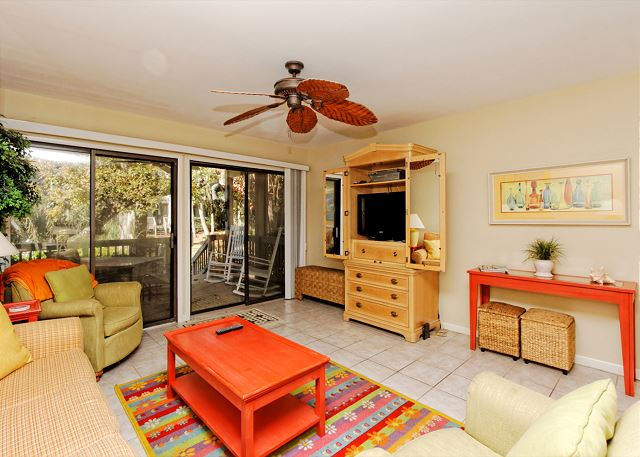 Tennismaster 203, 2 Bedrooms, Pool, Walk to Beach, Sleeps 6 Picture