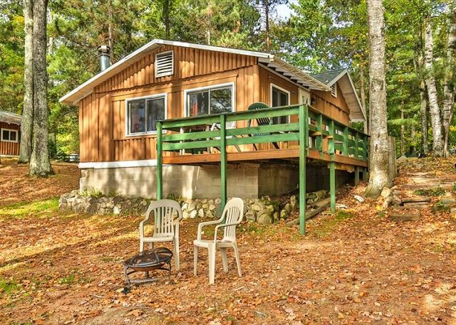 Cottage 6 - Hiller's Pine Haven