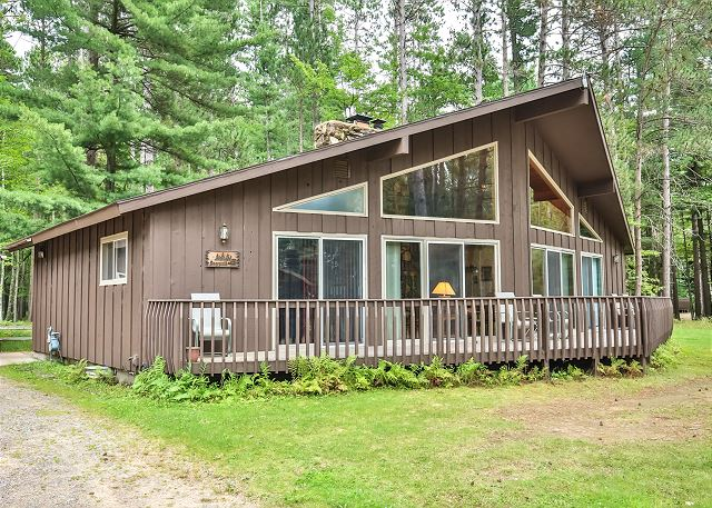 Deerpath - Elbert's - Hiller Vacation Homes