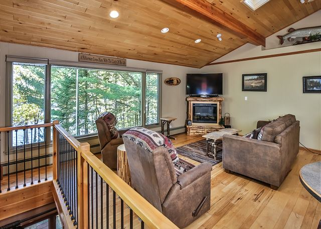 Twin Lakes Hideaway - Hiller Vacation Homes