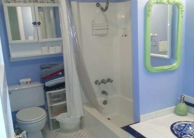 3 Bedroom, 2 Bath, Historic Home, Sleeps 10, Wi-Fi - Galveston, Texas