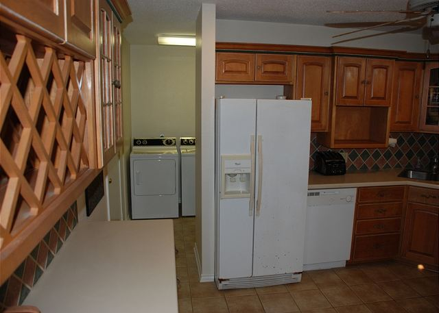Apt., Sleeps 2-10,  Wi-Fi - Galveston, Texas