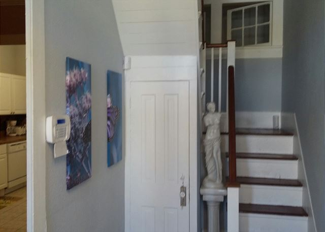 1.5 Story, 2 BR, 2 BA, Historical District - Galveston, Texas
