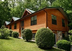 Homespun Hospitality 4 Bedroom, Fenced Yard, Downtown, Pets, Sleeps 12