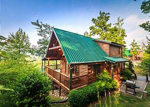 Enchanted View Lodge 3 Bedrooms, Pool Access, Mountain View, Sleeps 10