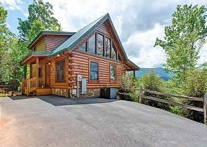 Highpoint Escape, 3 Bedrooms, Mountain Views, Hot Tub, WiFi, Sleeps 10