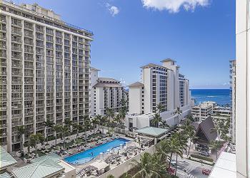 Trump Waikiki Hotel 1112 Deluxe Studio
