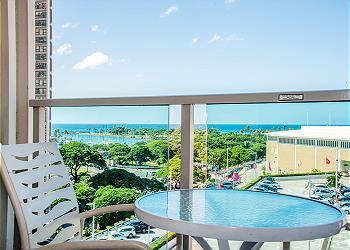 Ala Moana Hotel 0807 1Bdrm Ocean View - 1K1S
