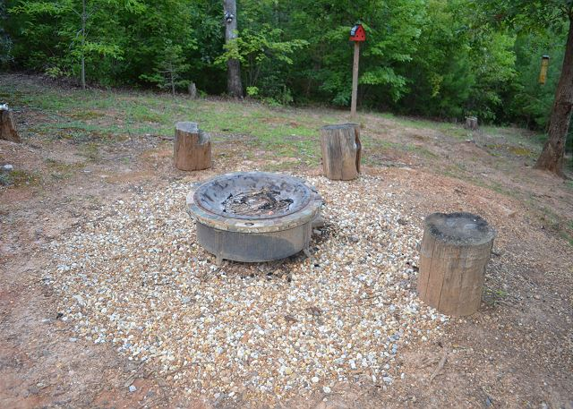 Cabin Rental Firepit