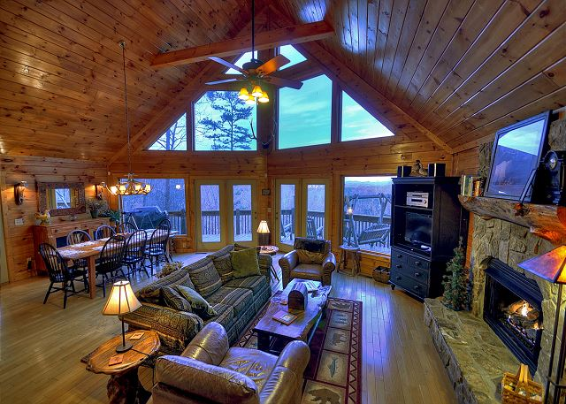 Blue RIdge, GA United States   Elk Horn Lodge | Blue Ridge Vacations  Formally Kaylor Mountain Cabin Rentals