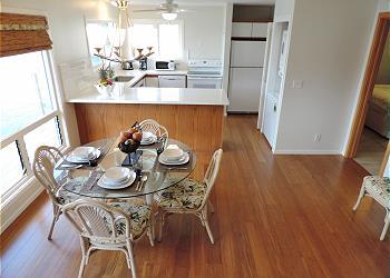 Ohana Cliff House Flat downstairs 200