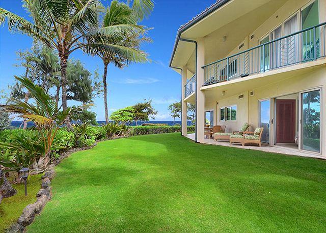Waipouli A107  LARGE suite closest BEACH FRONT 70
