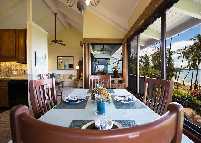 Hale Ili Ili C Dining with a Beach View