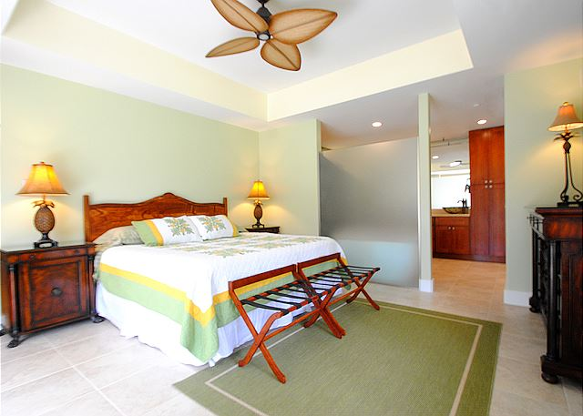 Palms at Wailea #205: Master Bedroom