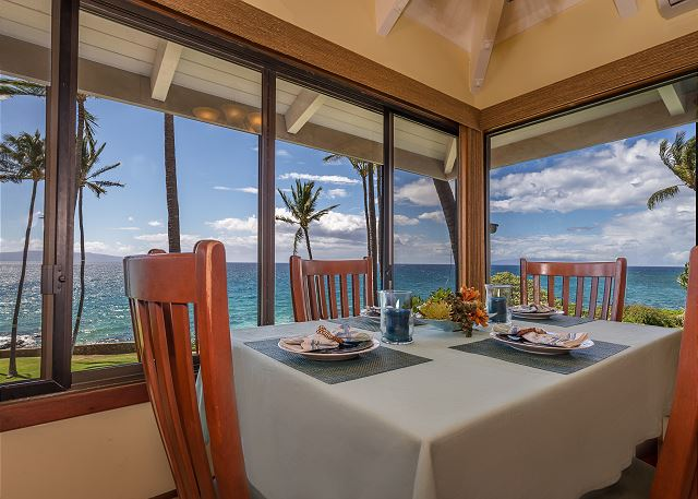 Hale Ili Ili C Dining Room Views