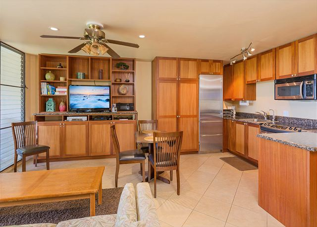 Waiohuli Beach Hale A201 Custom Cabinetry