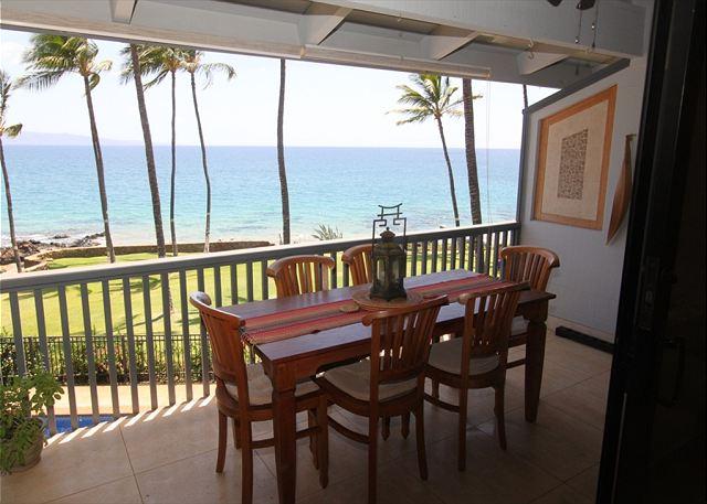 Hale Ili Ili #D  Oceanfront Dining At It Best