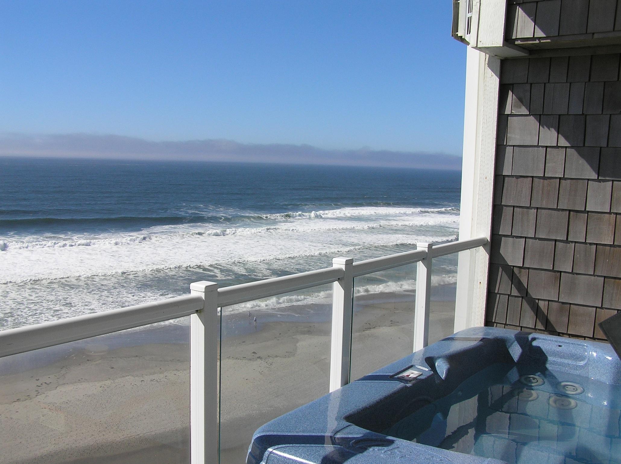 Oregon Coast Hotel Hot Tub Ocean View