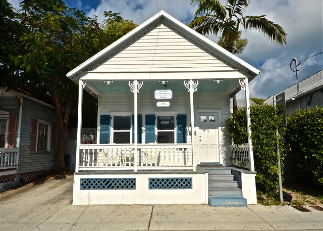 Located between Duval and Whitehead St. this charmer is the perfect home away from home