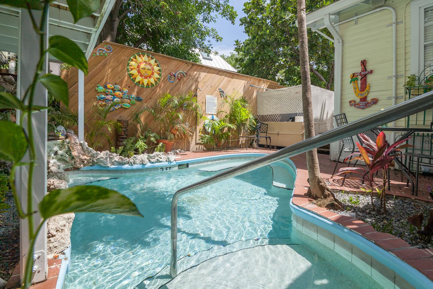 Rent west indies garden house bed breakfast key west for Chelsea pool garden key west