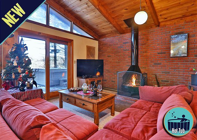Beautiful Vermont Chalet with your own private deck and wood stove