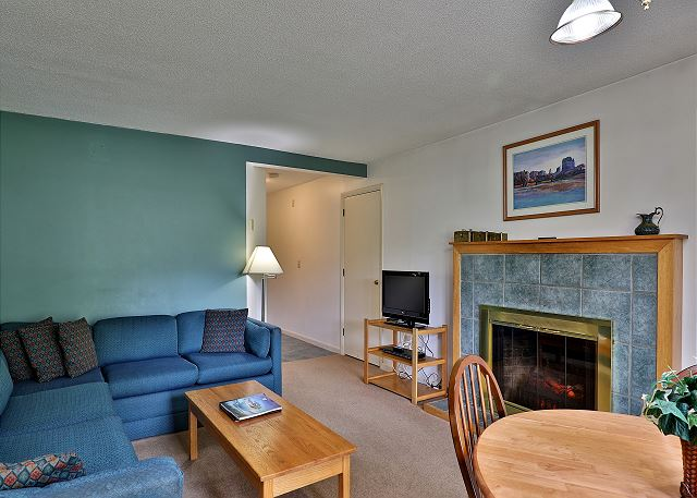 Cedarbrook Two Bedroom Suite 105/106