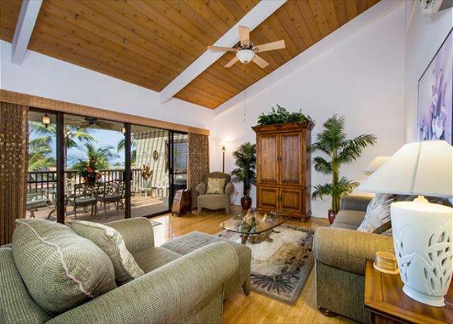 5-STAR KONA COAST RESORT 2 bedr/2 bath Top Floor, AC, Beautifully Decorated!