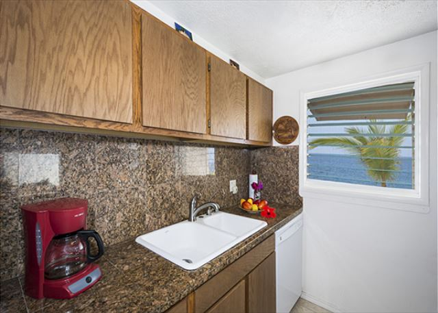 Gorgeous fully equipped Kitchen!