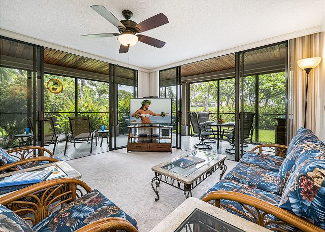 KKSR6104 GRND FLR, CORNER W/WRAP AROUND SCREENED IN LANAI! GARDEN & GOLF VIEW