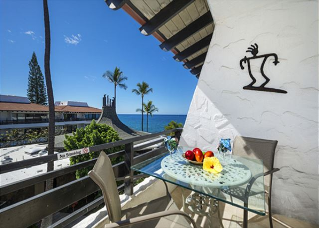 Casa De Emdeko 332- Amazing Oceanview, Top Floor, AC included!