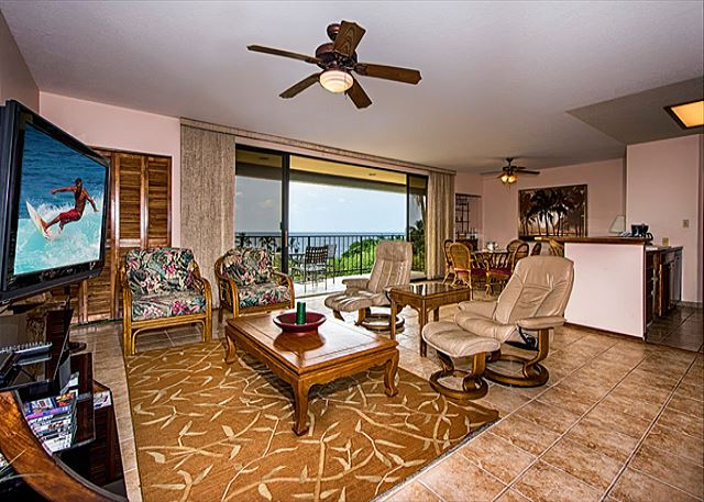 Gorgeous open floor plan. Very spacious with ocean views!