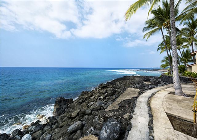 This is a great direct oceanfront townhome! Direct oceanfront living!!