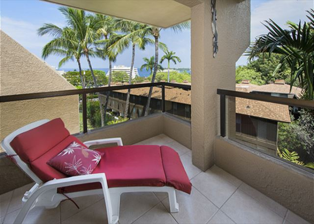 Time to come enjoy your Hawaiian Vacation!!