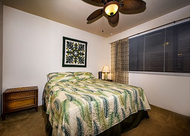 Master bedroom features very comfortable King Sized bed? Master bedroom has a very comfortable King Sized bed!
