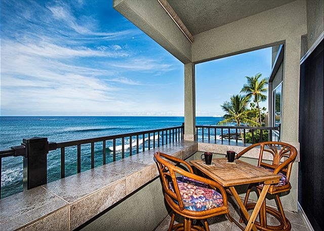Look at that view! Relax on your private lanai!