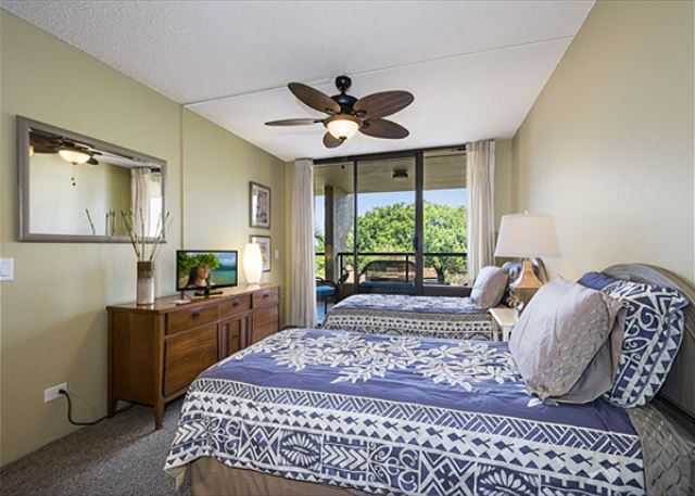 2nd bedroom has 2 twins. All bedrooms have their own entrance to the Lanai!!