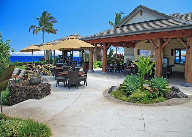 Enjoy your well deserved vacation in a private recreation facility with private restaraunt, fitness center, pool, hot tub, and bar. Located on the ocean!!