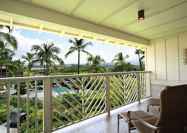 Relax on this nice private master lanai