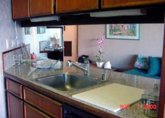 MS412B Kitchen