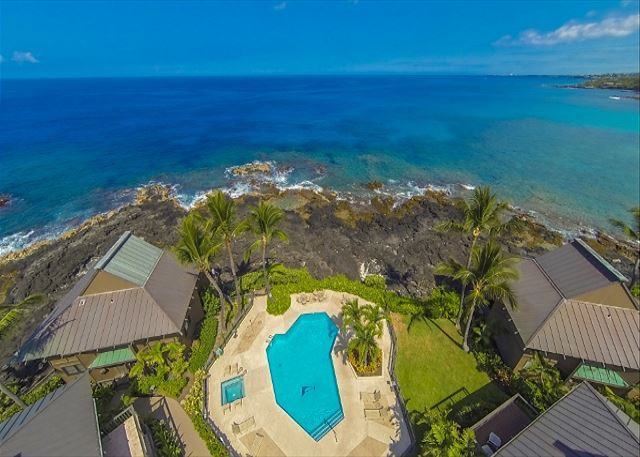 Kona Bliss is located Ocean Front on the Left of the Pool