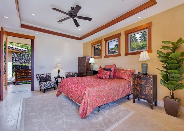 Junior Suite 1 with King Bed