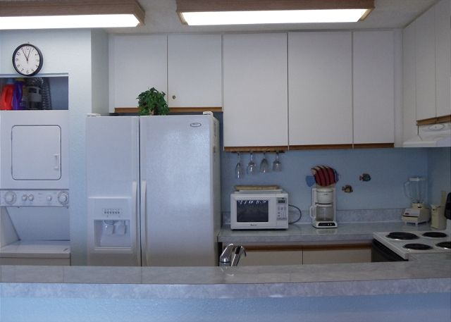 Fully equipped kitchen as well as a washerdryer for your conven