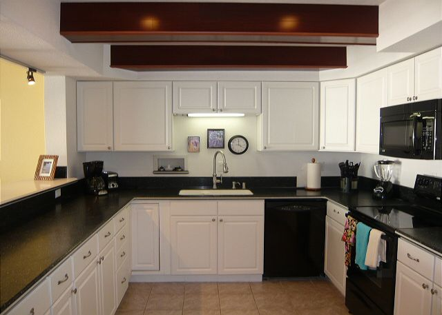 Nice size kitchen which is fully equipped and has a great ocean